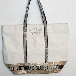 NWT Victoria's Secret Tote Bag   B116
